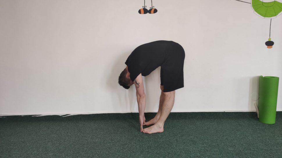 Zadné stehenné svaly - DEVA Gym